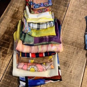 Accessories - Silk scarves, various sizes patterns, lot of 13